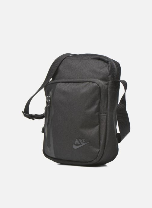 Bolsos de hombre Nike Nike Tech Small Items Bag Negro vista del modelo