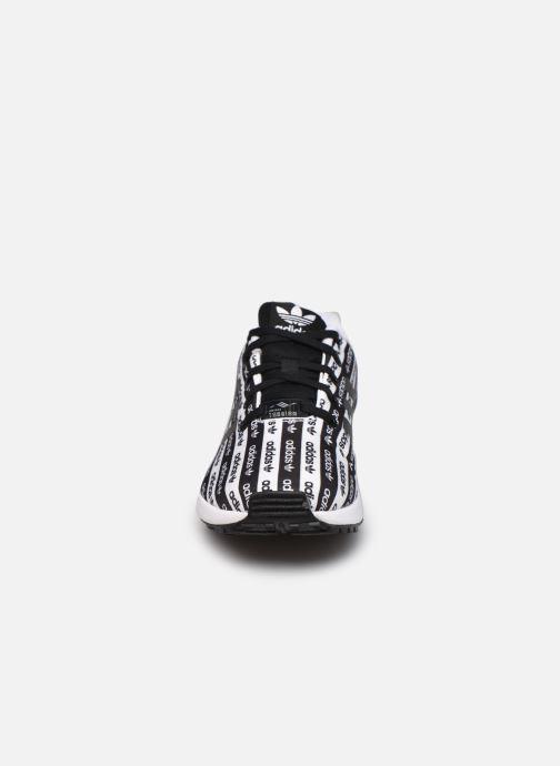 Sneaker adidas originals Zx Flux J schwarz schuhe getragen