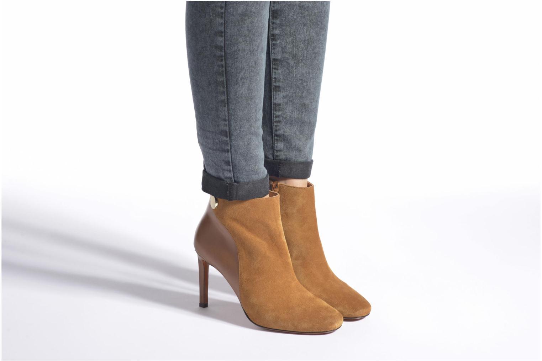 Bottines et boots Carven Bottines Resonnance Marron vue bas / vue portée sac