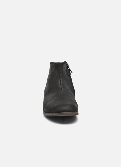 Boots en enkellaarsjes Achile Julie Zwart model
