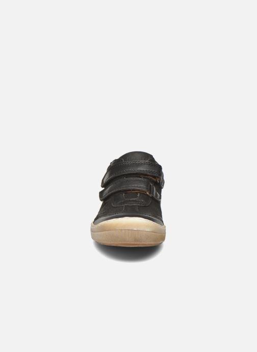 Sneakers Bisgaard Ole Nero modello indossato