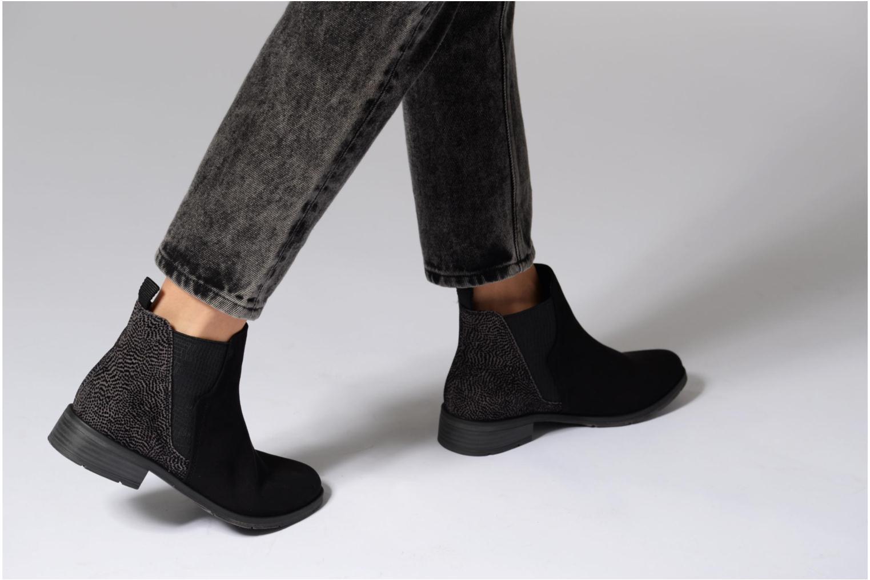 Bottines et boots Marco Tozzi Hotu Noir vue bas / vue portée sac