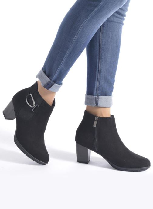Ankle boots Marco Tozzi Poppy 2 Black view from underneath / model view