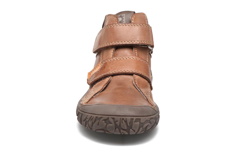 Chaussures à scratch Noël Nino2 Marron vue portées chaussures