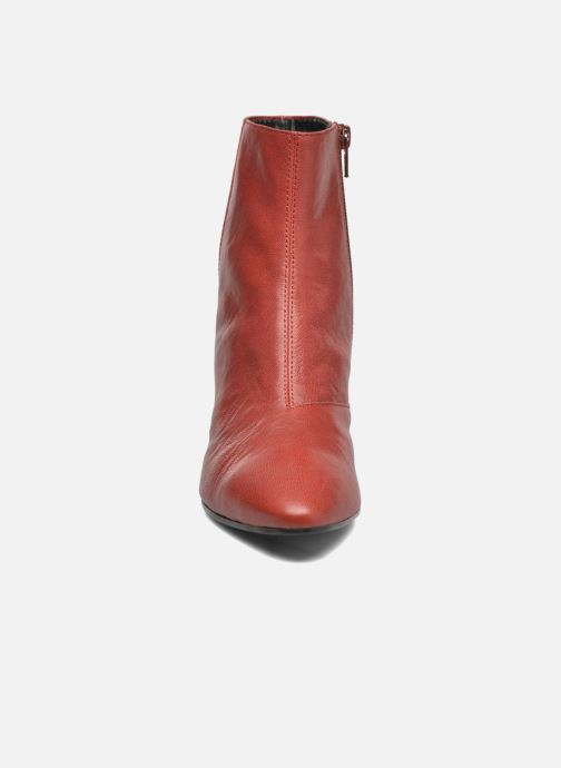 Botines  Vagabond Shoemakers OLIVIA 4217-001 Rojo vista del modelo