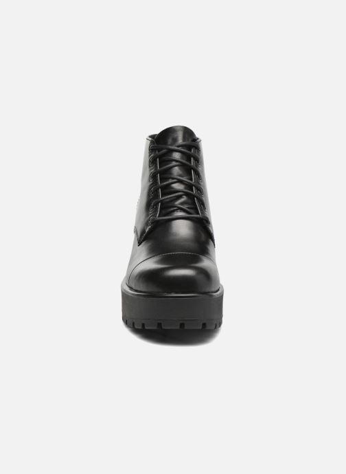 Stivaletti e tronchetti Vagabond Shoemakers DIOON 4247-301 Nero modello indossato