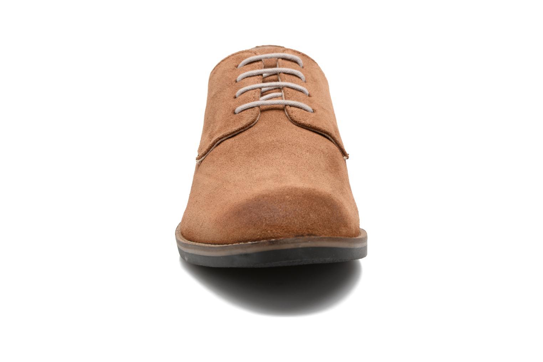 Chaussures à lacets Kickers Eldan Marron vue portées chaussures
