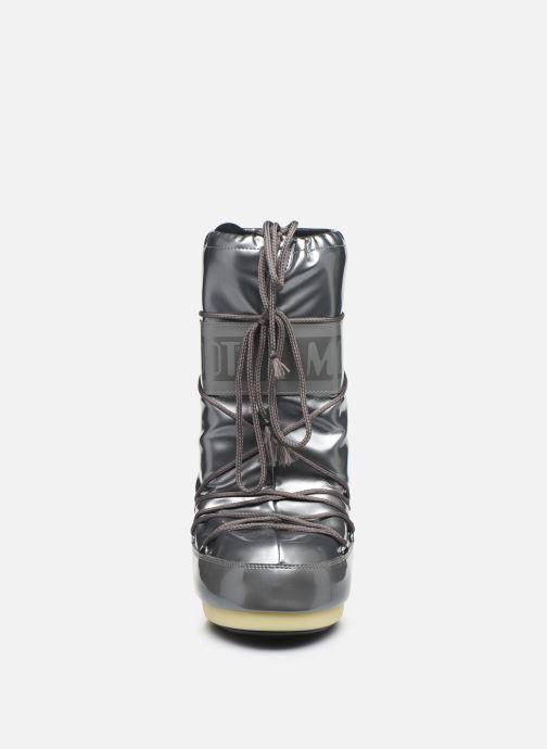 Scarpe sportive Moon Boot Vinile Met. Argento modello indossato