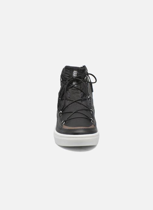 Zapatillas de deporte Moon Boot Vega Negro vista del modelo