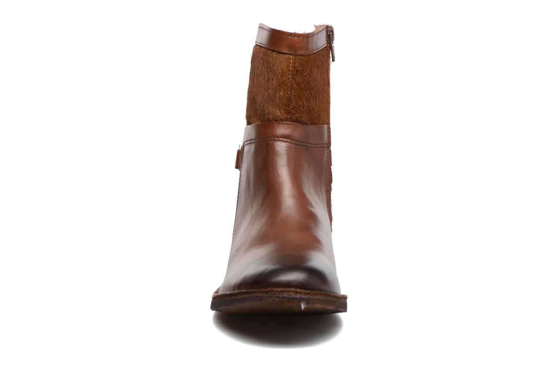 Bottines et boots Kickers Cricket Marron vue portées chaussures