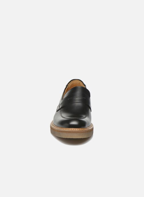Mocasines Kickers Oxmox Negro vista del modelo