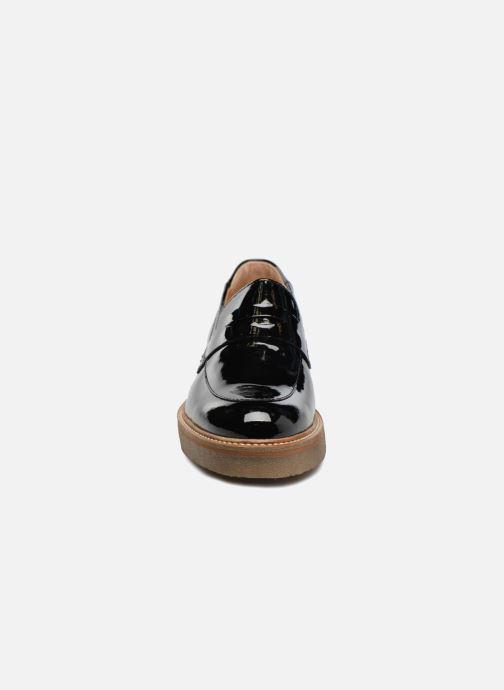 Mocassins Kickers Oxmox Noir vue portées chaussures