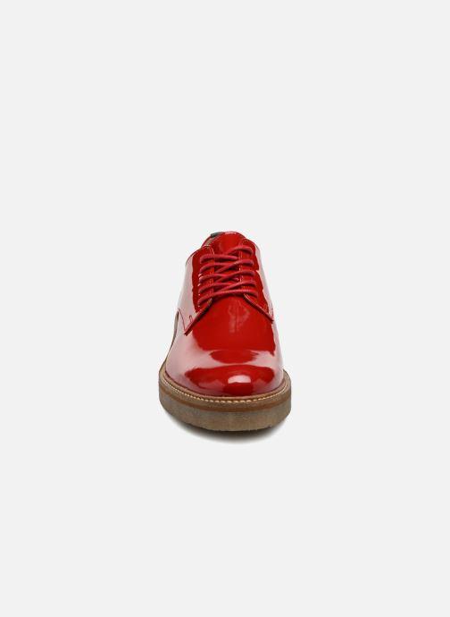 Chaussures à lacets Kickers Oxfork Rouge vue portées chaussures