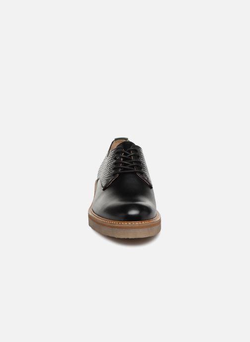 Schnürschuhe Kickers Oxfork schwarz schuhe getragen