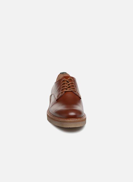 Chaussures à lacets Kickers Oxfork Marron vue portées chaussures