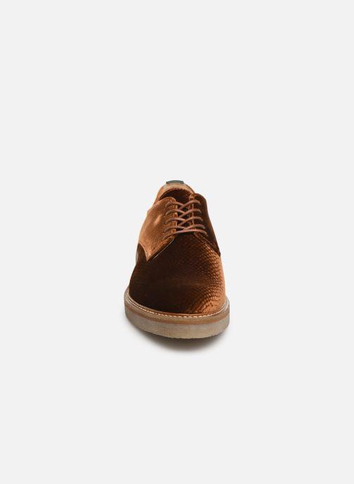 Chaussures à lacets Kickers Oxfork Or et bronze vue portées chaussures