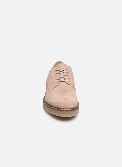 Zapatos con cordones Kickers Oxfork Rosa vista del modelo