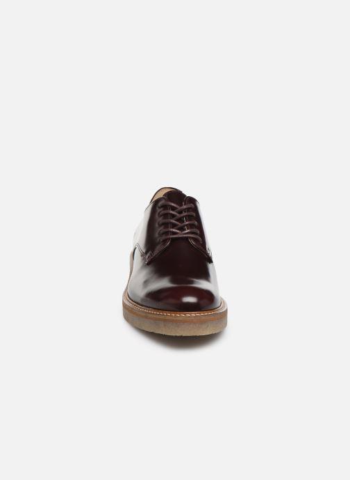 Scarpe con lacci Kickers Oxfork Bordò modello indossato