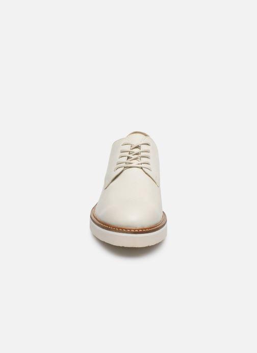 Chaussures à lacets Kickers Oxfork Blanc vue portées chaussures