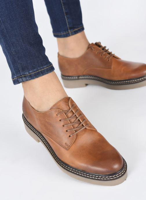 Chaussures à lacets Kickers Oxfork Marron vue bas / vue portée sac