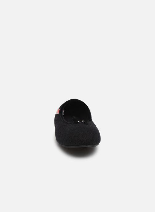 Chaussons Giesswein Honehau Noir vue portées chaussures