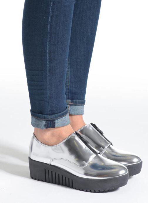 Chaussures à lacets Opening Ceremony SPECTATOR Argent vue bas / vue portée sac