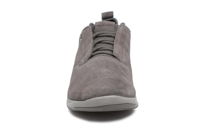 Sneakers Geox U XUNDAY 2FIT A U640DA Grigio modello indossato