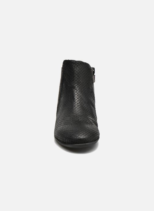 Ankle boots Unisa Arroco Black model view