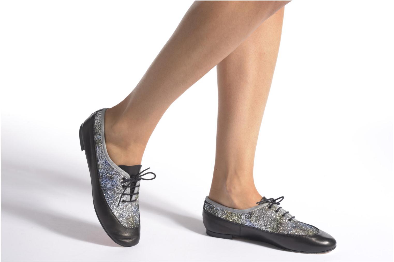 Chaussures à lacets Opéra national de Paris Odelie 2 Noir vue bas / vue portée sac