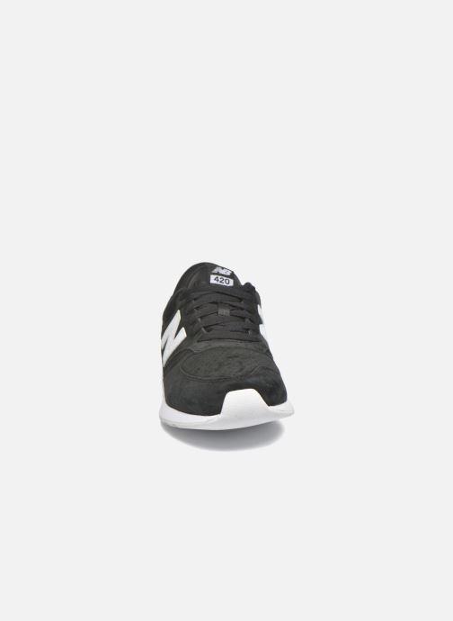 Sneaker New Balance MRL420 schwarz schuhe getragen