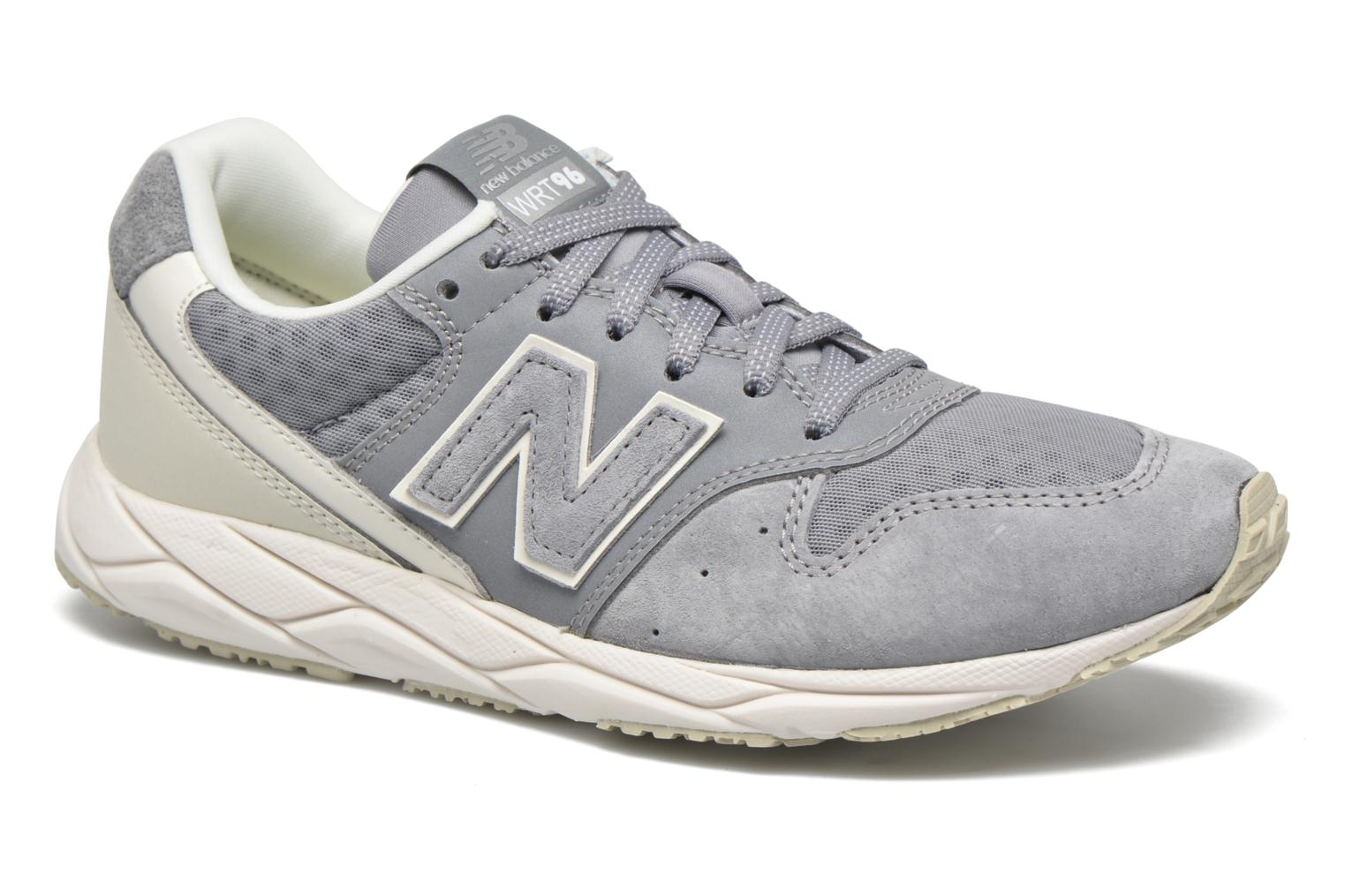 Baskets New Balance WRT96 Gris vue détail/paire