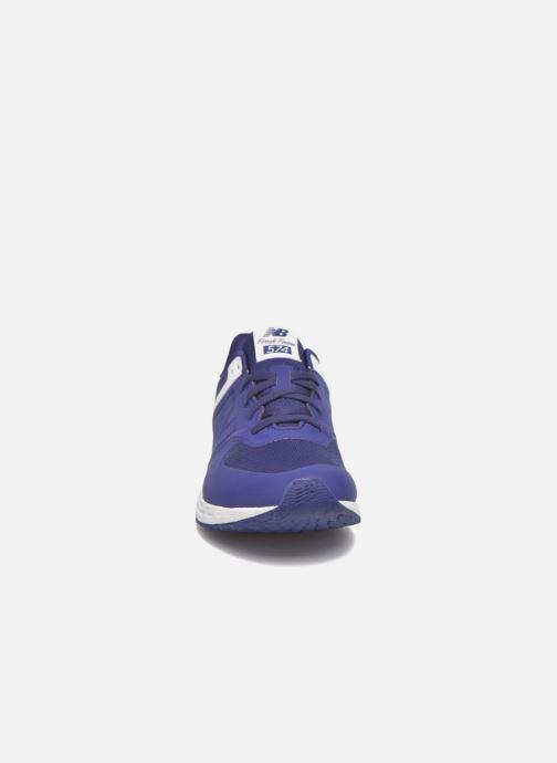 Sneakers New Balance WFL574 Azzurro modello indossato