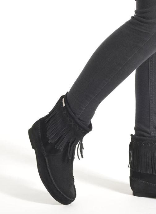 Bottines et boots Les Tropéziennes par M Belarbi Crabe Noir vue bas / vue portée sac