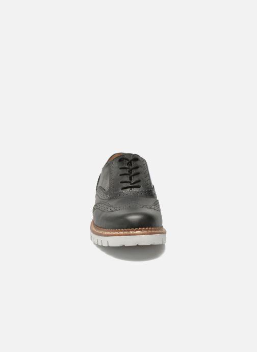 Zapatos con cordones Aldo EMELYNE Negro vista del modelo