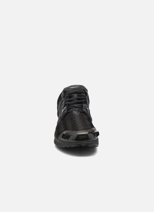 Sneakers Adidas Originals Clima Cool 1 Nero modello indossato