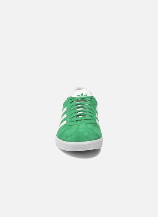 Baskets adidas originals Gazelle W Vert vue portées chaussures