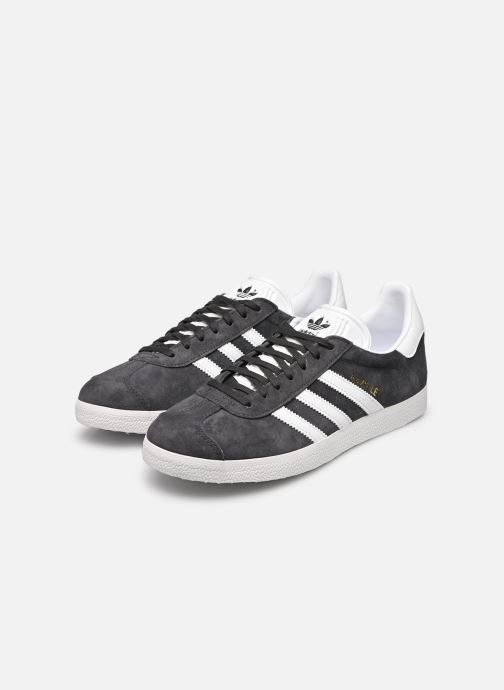 Trainers adidas originals Gazelle W Grey view from underneath / model view