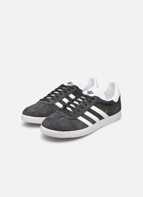 Baskets adidas originals Gazelle W Gris vue bas / vue portée sac