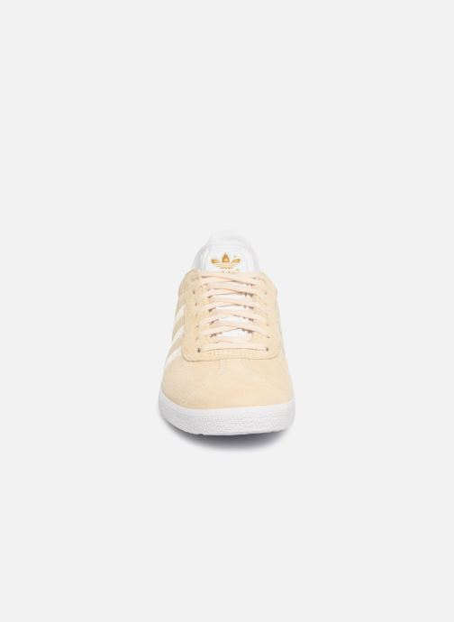 Sneakers Adidas Originals Gazelle W Beige model