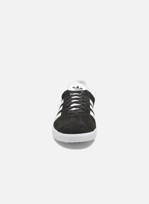 Sneaker adidas originals Gazelle schwarz schuhe getragen