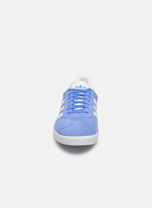 Sneaker adidas originals Gazelle blau schuhe getragen