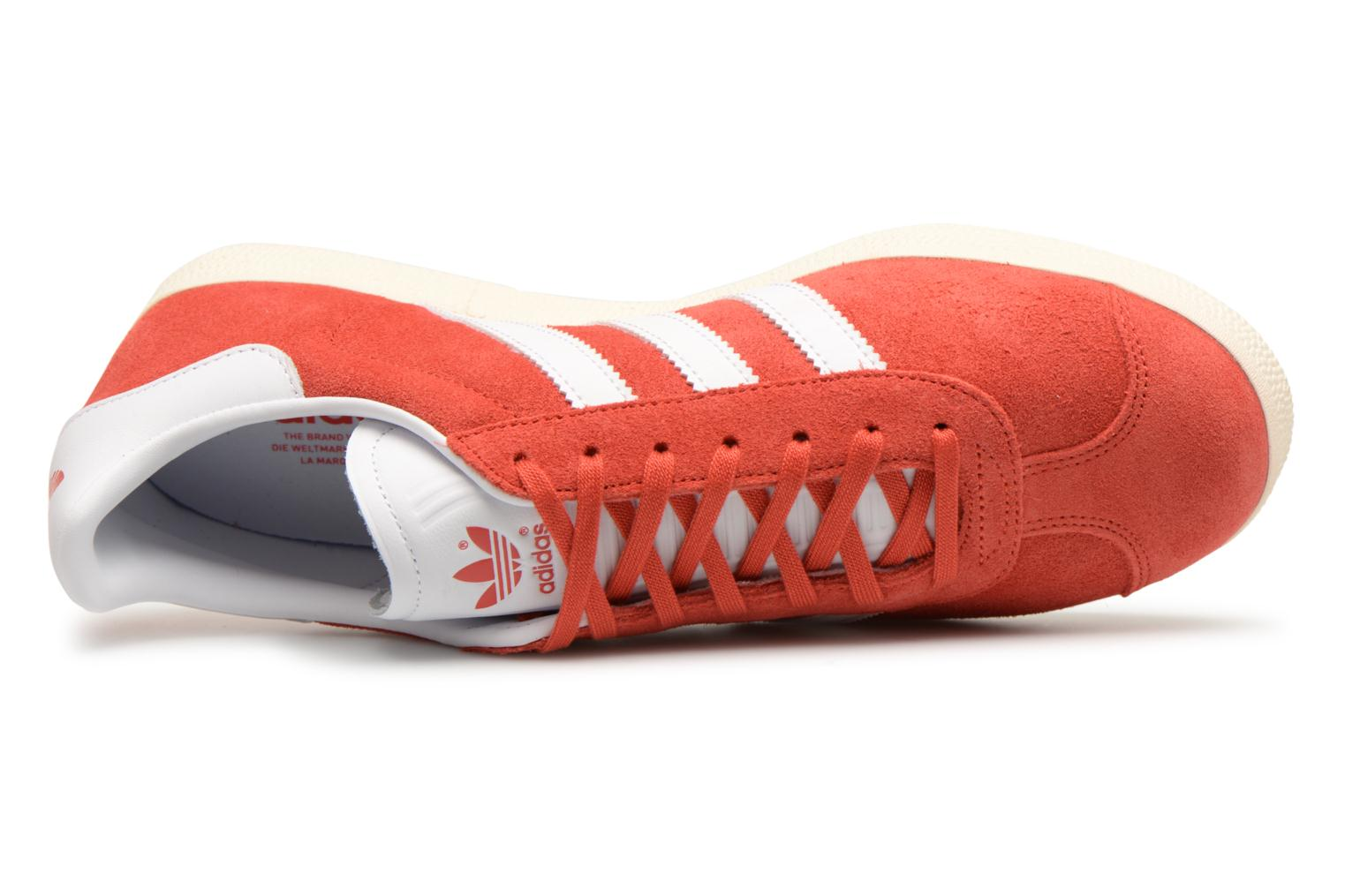 Baskets Adidas Originals Gazelle Rouge vue gauche