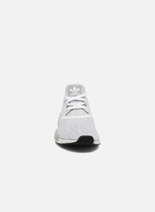 Sneaker adidas originals Nmd_R1 grau schuhe getragen