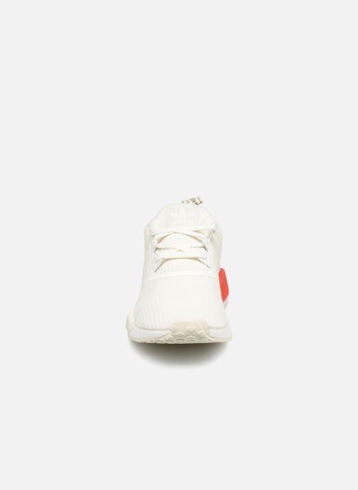 Sneaker Adidas Originals Nmd_R1 weiß schuhe getragen