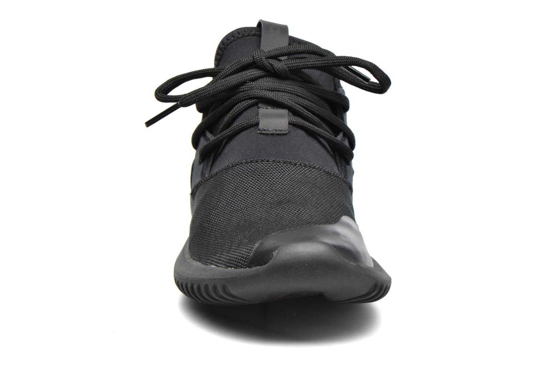 Deportivas Adidas Originals Tubular Entrap W Negro vista del modelo
