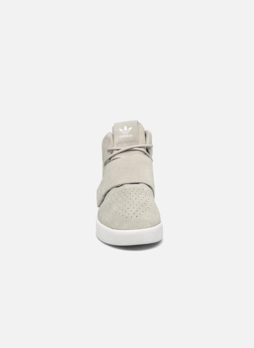 Sneakers adidas originals Tubular Invader Strap Grijs model