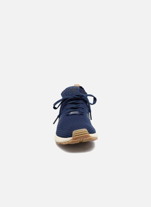 Deportivas adidas originals Zx Flux Pk Azul vista del modelo