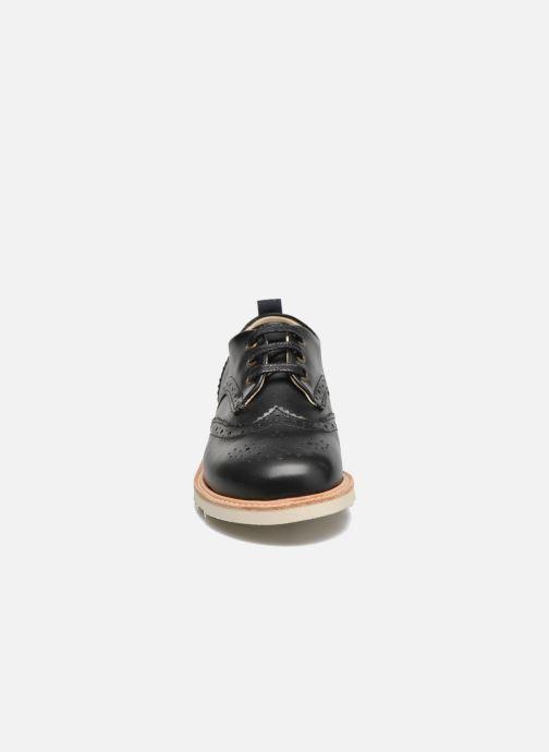 Schnürschuhe Young Soles Brando schwarz schuhe getragen