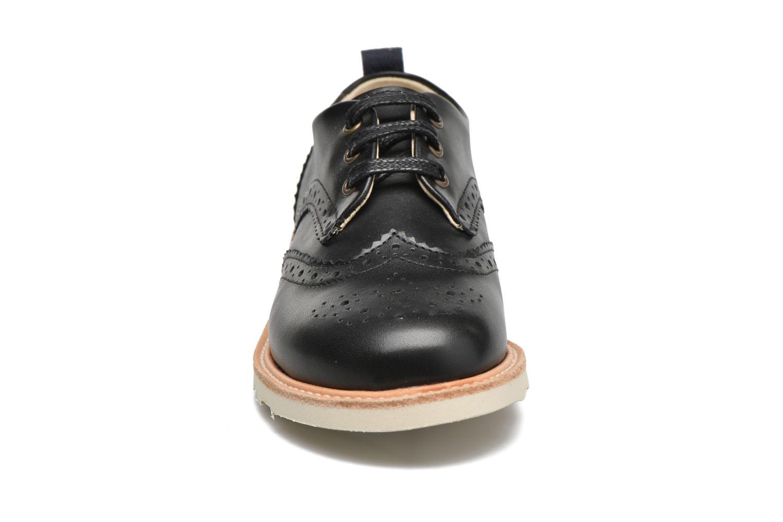 Chaussures à lacets Young Soles Brando Noir vue portées chaussures