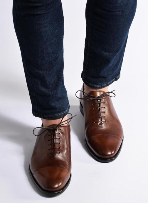 Chaussures à lacets Marvin&Co Luxe Perchok - Cousu Blake Noir vue bas / vue portée sac